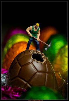 Easter egg chipping...