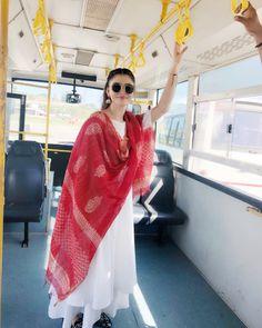 Urvashirautela urvashi rautela in 2019 indian dre Kurta Designs Women, Salwar Designs, Indian Wedding Outfits, Indian Outfits, Indian Attire, Indian Wear, Pakistani Dresses, Indian Dresses, Ethnic Outfits
