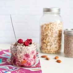 Considering it's something you might be trying to prepare pre-coffee, we think breakfast should be as quick and easy as possible! And there's few things easier
