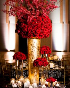 Breathtaking 9-foot centrepieces took centre stage at this Four Seasons Hotel Seattle wedding.