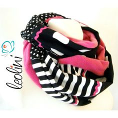 Loop für den Winter mit Herzen, Punkten und Streifen in pink und schwarz!