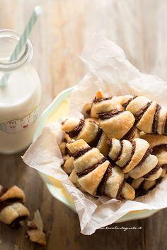 Puff Pastry Recipes, Cookie Recipes, Dessert Recipes, Biscotti, Nutella Recipes, Galette, Chocolate Desserts, I Love Food, Sweet Recipes