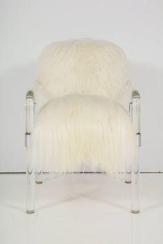 Jeff Messerschmidt Lucite, Arctic Sheepskin Armchair For Sale at Modern Armchair, Modern Sofa, Lucite Chairs, Armchairs For Sale, Classic Sofa, Vintage Fabrics, Upholstered Chairs, Club Chairs, Chair Design