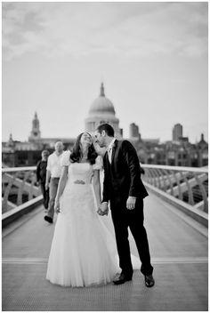 Beautiful London Wedding | Credit: http://caughtthelight.com #acitywedding #city #wedding