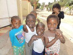 Niños del proyecto de voluntariado en Gambia