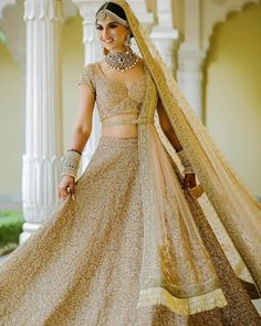 Looking for Bridal Lehenga for your wedding ? Dulhaniyaa curated the list of Best Bridal Wear Store with variety of Bridal Lehenga with their prices Golden Bridal Lehenga, Wedding Lehnga, Muslim Wedding Dresses, Indian Bridal Lehenga, Indian Gowns Dresses, Wedding Mandap, Pakistani Bridal, Indian Bridal Outfits, Indian Bridal Fashion