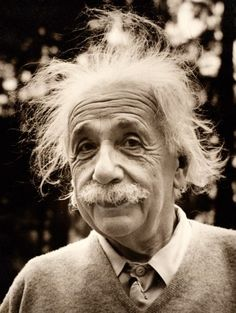 Albert Einstein was approached so often by fans wanting explanations of his theories he would say, Pardon me, sorry! Always I am mistaken for Professor Einstein. Albert Einstein Facts, Albert Einstein Pictures, Albert Einstein Photo, Theory Of Relativity, E Mc2, Interesting Faces, Vintage Photographs, Historical Photos, Girl Pictures