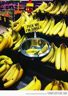 Lonely bananas…