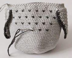 Create and Decorate: Pattern on crochet owl Owl Crochet Pattern Free, Crochet Basket Pattern, Crochet Patterns Amigurumi, Free Pattern, Crochet Owl Pillows, Crochet Birds, Crochet Animals, Knitted Owl, Crochet Poncho
