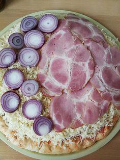 Három féle pizza: sajttal töltött-, tejfölös alapú-, és full erős erős alappal! - Ketkes.com Pizza, Meat, Vegetables, Recipes, Food, Recipies, Essen, Vegetable Recipes, Meals
