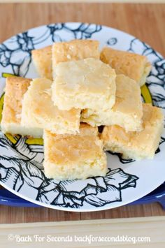 White Chocolate Brownies - INCREDIBLE! http://backforsecondsblog.com  #whitechocolate #blondies #brownierecipe