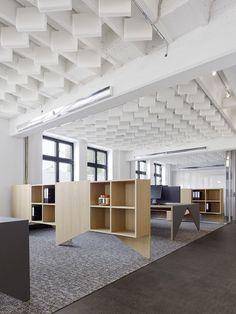 The design is very attractive. | Interior Design | Office Ceiling | Office Designs | #officeceiling #modernoffice #ceilingdesign | www.ironageoffice.com