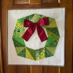 beckandlundy: Holiday Fractal Block Wreath. YES!!! Going to make a dozen of these and hang them EVERYWHERE this season :)