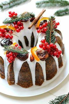 >> Poppy Seed Citrus Cake: Donut with Orange sauce - Web Food & Drinks Christmas Cake Decorations, Holiday Cakes, Christmas Desserts, Christmas Cakes, Christmas Treats, Fruit Wedding Cake, Wedding Cakes, Citrus Cake, Sticky Toffee Pudding