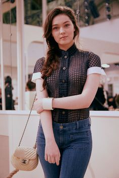 Du Chanel of course. Il y en a pour tous les styles, âges et genres. Focus: Anamaria Vartolomei
