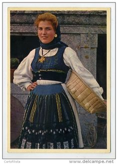 VIANA CASTELO - Meadela, Costumes   (2 scans)