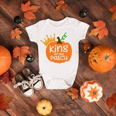 King Of The Patch Adorable Cute Pumpkin Baby Boy Onesie® - Perfect Pumpkin Gift For New Moms with Baby Boys Cute Baby Onesies, Boy Onesie, Baby Shirts, Cute Baby Girl, Cute Babies, Baby Bodysuit, Baby Boys, Baby In Pumpkin, Cute Pumpkin