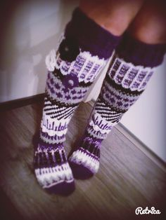 found in purple Comfy Socks, Funky Socks, Sexy Socks, Thick Socks, Crochet Boot Socks, Wool Socks, Knitting Socks, Knit Crochet, Slipper Socks