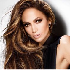 Love Her Hair Color Hairstyles Bronde Hair, Hair Styles, Hair Bronde Hair, Balayage Hair, Bayalage, Brown Balayage, Jennifer Lopez Hair Color, Jennifer Lopez Makeup, Fall Hair, Ombre Hair, Hair Dye
