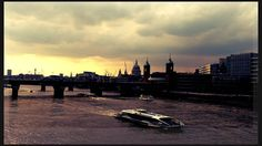 Sun set by the river Thames www.couchflyer.com #londonbridge #london #couchflyer #river #sunset #britain #england #europe