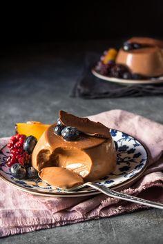 Ζελέ Σοκολάτας – Let's Treat Ourselves Jello, Allrecipes, Chocolate Cake, Sweet Recipes, Food Photography, Food And Drink, Barbie, Pudding, Cupcakes