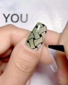 Romantic Nails, Elegant Nails, Stylish Nails, Trendy Nails, Nail Art Hacks, Gel Nail Art, Gel Nails, Fingernail Designs, Easy Nail Art