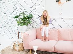 Laurel & Wolf creative director Sarah Sherman Samuel walks us through her cool office makeover Sarah Sherman Samuel, Live In Style, Office Makeover, Cool Office, 2 Seater Sofa, Office Workspace, Everything Pink, Decor Interior Design, My Room