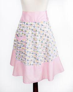 the Hazel apron available on www.ImagineGoods.com