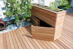 raised bed with integrated storage - .- hochbeet mit integriertem stauraum – raised bed with integrated storage space – - Balcony Plants, Patio Plants, Garden Planters, Indoor Plants, Balcony Gardening, Herbs Garden, Raised Garden Beds, Raised Beds, Small Backyard Landscaping