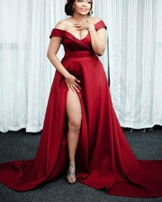 Simple Prom Dress, Red A Line Satin Side Slit Off Shoulder Sweetheart Long Plus Size Prom Dresses Saloni Dresses Split Prom Dresses, Prom Dresses With Sleeves, Gala Dresses, Prom Gowns, Dress Prom, Dress Formal, Formal Prom, Strapless Dress, Short Dresses