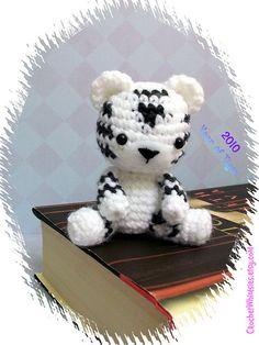 crochet white tiger