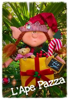 Cartamodelli babbi, renne elfi Natale 2015 : Cartamodello Favilla a sorpresa Christmas Time, Christmas Crafts, Christmas Ornaments, Felt Crafts Patterns, An Elf, Clay Figurine, Love Craft, Art For Kids, Sewing Crafts
