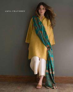 Wedding dresses casual simple beautiful Ideas for 2019 - Pakistani dresses Pakistani Fashion Casual, Pakistani Dresses Casual, Pakistani Dress Design, Indian Fashion, Indian Attire, Indian Wear, Indian Outfits, Indian Dresses, Stylish Dresses