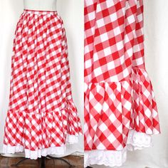 Vintage Maxi Skirt Plus Size Skirt Red and White Checkered This would be a fun skirt to wear to a Bama game.