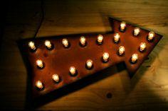 """18 """"Rusty Pfeil melden mit 6w Leuchtmittel"""