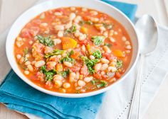 Hearty White Bean Vegetable Soup | http://hellonatural.co/hearty-vegetable-soup-weekly-meal-plan/