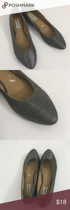 Steve Madden Metallic Flats Pointy flats with black and silver metallic texture. Classic and comfortable. Great condition. Style: P-Ferli. Steve Madden Shoes Flats & Loafers