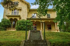 c. 1870 Italianate – West Warwick, RI – $339,500