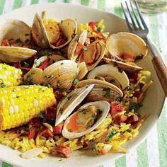 Paella-Style Quick Clam Bake | http://www.rachaelraymag.com/Recipes/rachael-ray-magazine-recipe-search/rachael-ray-30-minute-meals/paella-style-quick-clam-bake