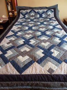 Marlene's Space: Blue Lovers' Knot Quilt... Done!