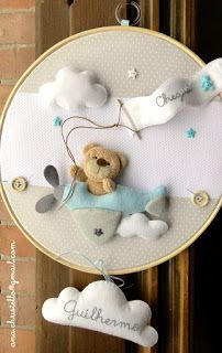 Baby Crafts, Felt Crafts, Felt Animal Patterns, Embroidery Hoop Crafts, Diy Bebe, Baby Frame, Felt Pictures, Baby Sewing Projects, Felt Baby