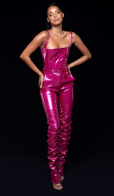 Latex Suit, Latex Dress, Runway Fashion, High Fashion, Fashion Outfits, Womens Fashion, Mode Latex, Vinyl Clothing, Leder Outfits