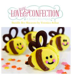 Bumble Bee Macarons Designed By Veronica Arthur At With Love Amp Confection
