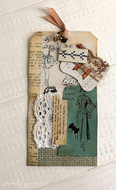 Sewing themed junk journal - Henriëtte van Mierlo Collage Book, Junk Journal, Journal Ideas, Scrapbook Paper Crafts, Scrapbooking, Art Journal Techniques, Card Sentiments, Handmade Tags, Paper Tags