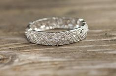 gorgeous wedding band
