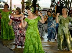 Isn't hula awesome? What a great way to spend the evening.