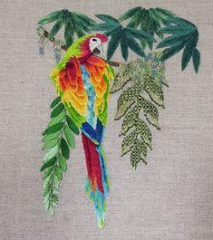 Supreme Best Stitches In Embroidery Ideas. Spectacular Best Stitches In Embroidery Ideas. Hand Embroidery Projects, Bird Embroidery, Embroidery Stitches, Simple Embroidery, Embroidery Fashion, Cross Stitches, Embroidery Ideas, Long And Short Stitch, Straight Stitch