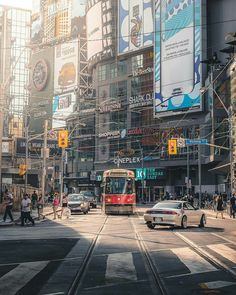 Dundas Square Visit Toronto, Toronto Ontario Canada, Toronto City, Beautiful Places To Travel, Great Places, Quebec City, Urban Photography, Vacation Trips, Old Photos