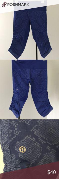 Lululemon leggings Navy blue Lululemon leggings. Great condition, form fitting, high waisted lululemon athletica Pants Leggings