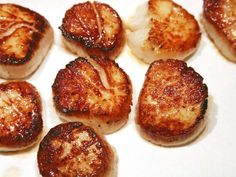 Seafood Recipes For Dinner Scallops Butter Sauce Ideas Pan Fried Scallops, Sauteed Scallops, Seafood Scallops, Grilled Scallops, Cooking Scallops, Scallops On The Grill, Sea Scallops, Seafood Pasta Recipes, Clam Recipes